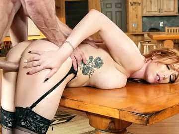 Charming Lauren Phillips makes love to Johnny Sins and gives him the inspiration