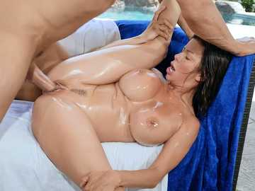 Independence Day is a good occasion for passionate sex with Alexis Fawx