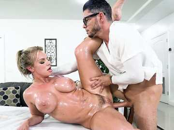 Glittering with oil blonde Racheal Cavalli gets her vagina pounded by masseur