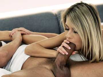 Rebecca Volpetti: Good Morning Footjob